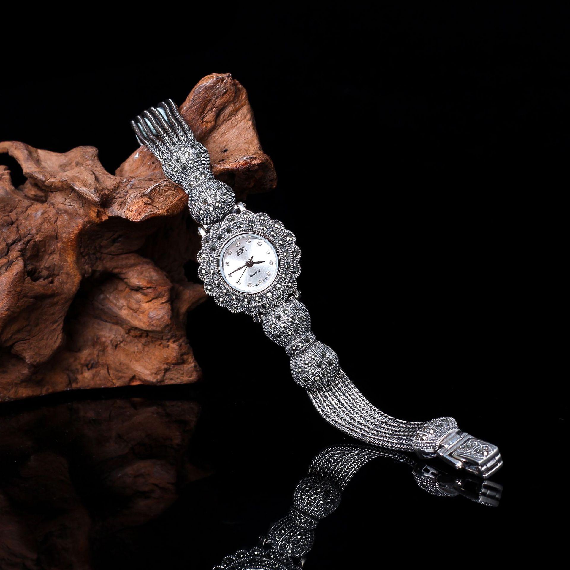 Biens d'argent Thai Argent En Gros S925 Sterling Bijoux En Argent Classique Dames Arc Thai Argent bracelet de montre