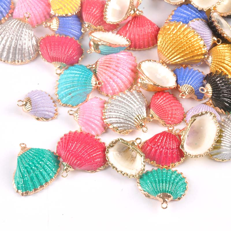 5pcs Gold Plated Threaded Shell Beach Decor Natural Sector Seashells For Craft Home DIY Charms Handmade Pendant Ornament Tr0334