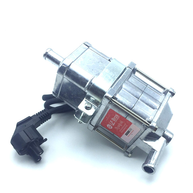 220V 3000W Automotive Engine Heater Diesel Gas Heater Mini Electric Heater Car Preheater European Version Air Parking Heater