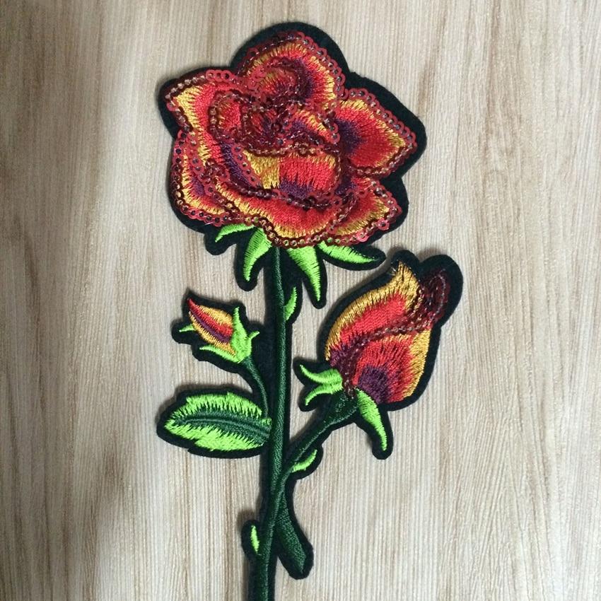 Gyönyörű rózsaszirom virágos galléros vasaló a javításra - Művészet, kézművesség és varrás - Fénykép 3