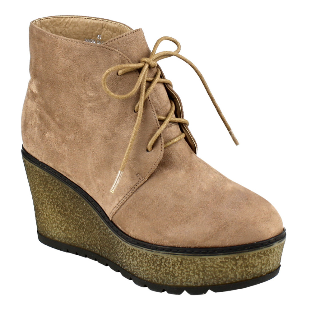 c3cc987e0bf EJ32 Women s Lace Up Lug Sole Platform Wedge Chukka Ankle Booties-in Ankle  Boots from Shoes on Aliexpress.com