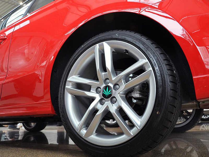 4 sztuk konopi Fimble liści Ho JDM samochodów osłony piasty naklejki 3D zielony znaczek z symbolem dla BMW KIA Lada Honda tuningu samochodu stylizacji