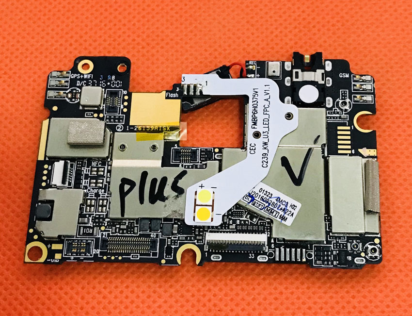 Used Original mainboard 4G RAM+32G ROM Motherboard for UMI Plus 5.5 FHD MTK6755 Helio P10 Octa Core Free shipping ...