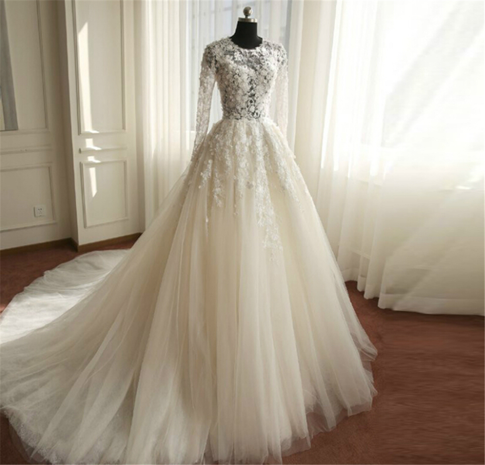Online get cheap ivory wedding dress size 24 aliexpress 9038 flower white ivory wedding dresses with long sleeve bridal gown with big train plus size 2 4 6 8 10 12 14 16 18 20 22 24 26 ombrellifo Choice Image
