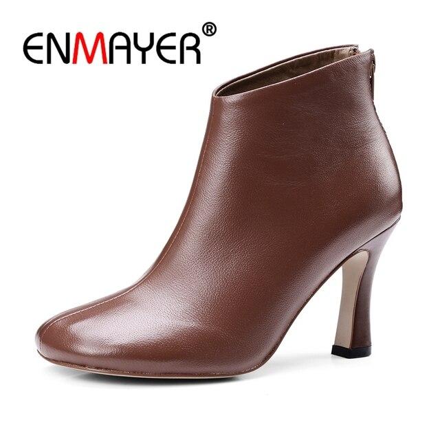 ENMAYER 2018 Sıcak satış Kahverengi Siyah Eşek toynak çizmeler yüksek kaliteli koyun derisi yüksek topuklu moda yarım çizmeler Size34-39 ZYL153
