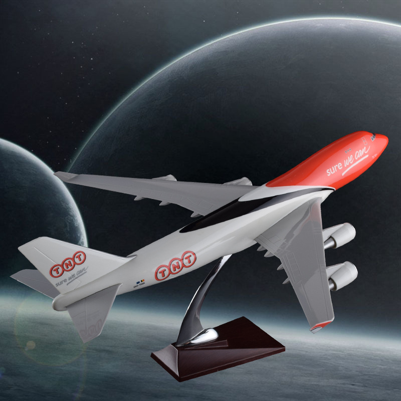 47cm Resin Boeing 747 TNT Express Aircraft Model TNT Airlines B747 Airplane Airways Model Static Simulation Ornaments special offer wings dragon 56248 thailand airlines hs tgp 1 400 b747 400 commercial jetliners plane model hobby
