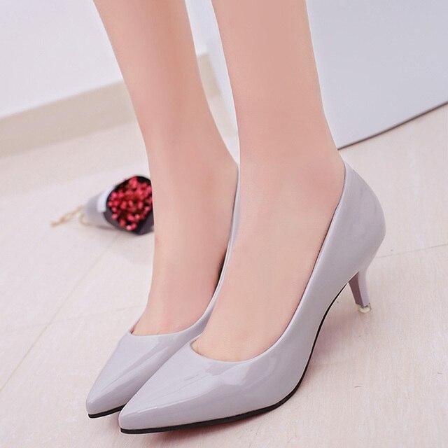 4e8ba411a2e5c Mulheres Apontou Toe Sapatos de Salto Alto Sexy Mulheres Bombas sapatos de  Casamento Sapatos de Negócios
