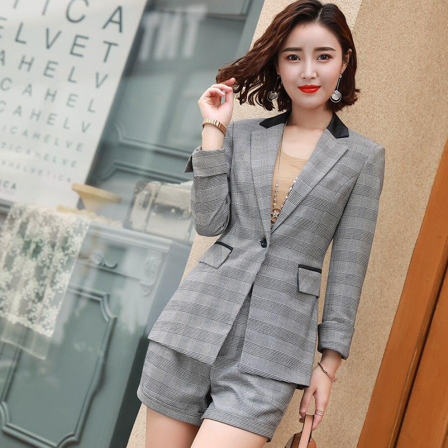 Acrmrac Women Suits Long Sleeve Slim Striped Jacket Shorts Suit