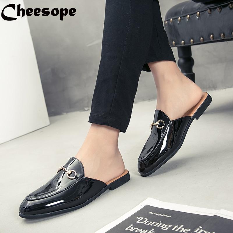 Men Backless dress leather slipper shoes Men unisex Bee prints Horseshoe buckle Casual business wedding Leather shoes women 1