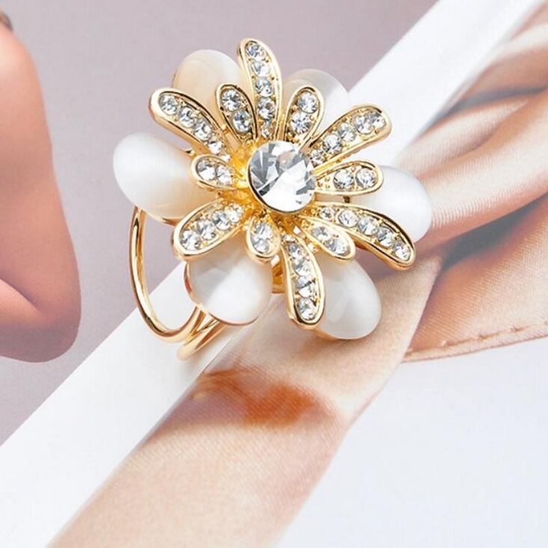 1PC Flowers Womens Rhinestone Tricyclic Scarves Gift Brooches Hot Jewelry Wholesale Scraf Buckle Golden