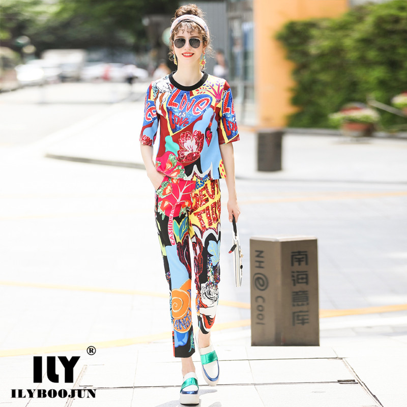 Brand Woman vintage runway fashion designers 2018 clothes bohemian summer suits for women 2 piece set top and track pants women