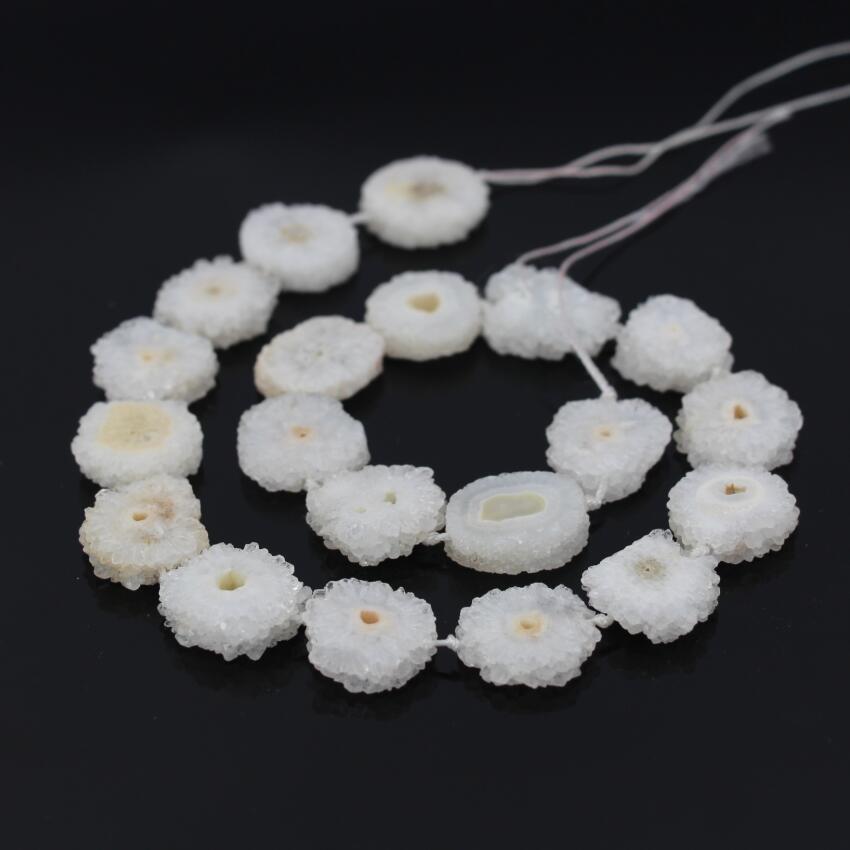 AAA Grade 15.5Strands Natural White Druzy Quartz Geode Flower Beads,Raw Crystal Drusy Slab Round Pendant Beads Jewelry Making