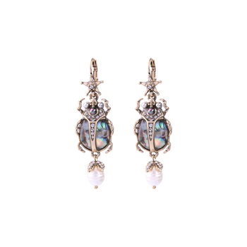 Women's Pearl Insect Shaped Earrings Earrings Jewelry Women Jewelry Metal Color: Insect Earrings Main Stone Color: Multicolour