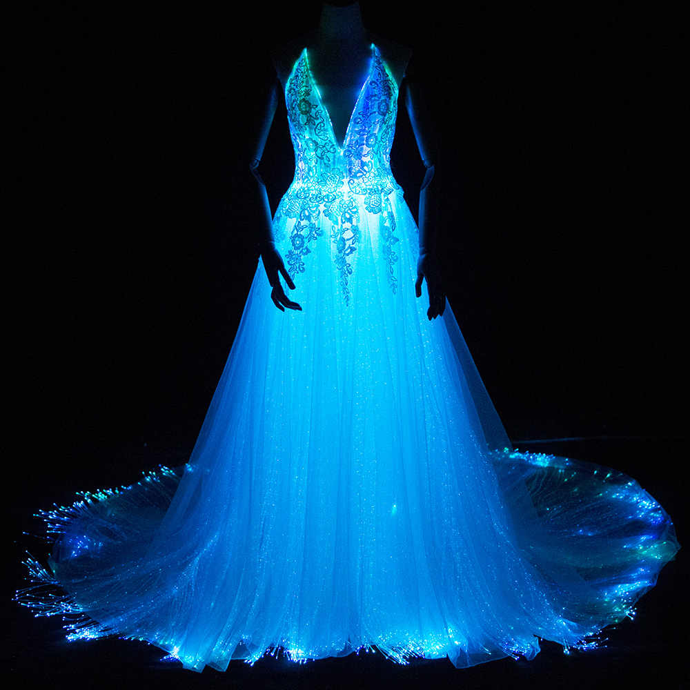 Wedding Dresses With Color.Luminous Wedding Dress 2018 Night Glow In Dark Smart Mobile App Controled 7 Variable Color Shining With Music Led Fiber Optic