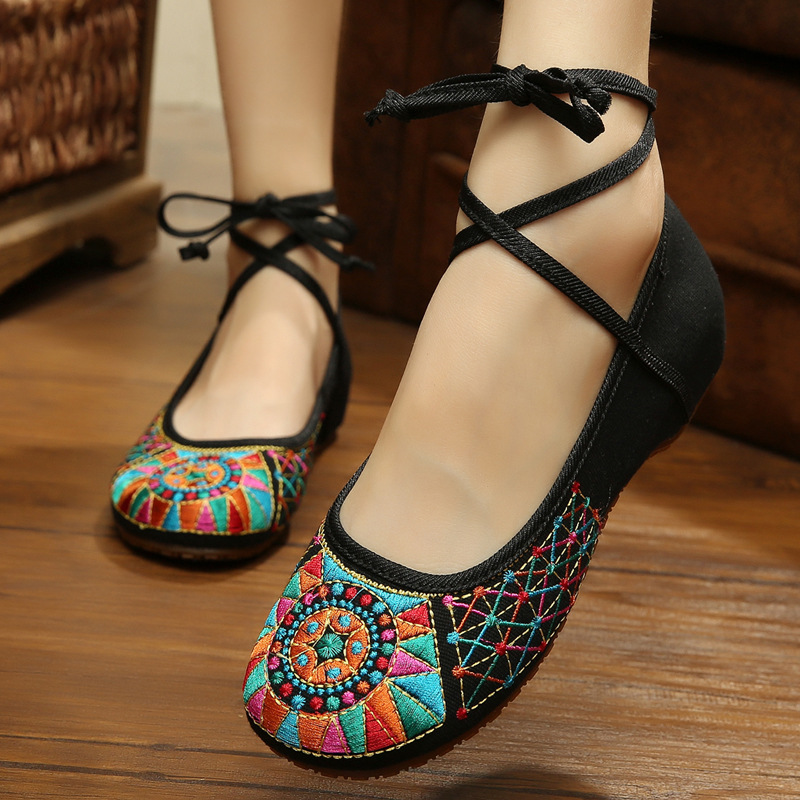 New Ankle Strap Chinese Style Embroidery Women Shoes Lady Casual Drive Flats Dance Cloth Shoes Big Size F004 vintage embroidery women flats chinese floral canvas embroidered shoes national old beijing cloth single dance soft flats