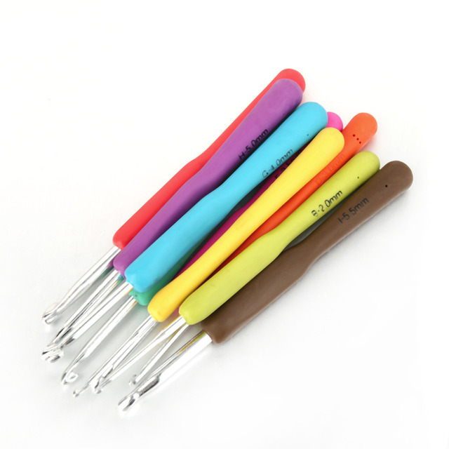 9Pcs Colored Candy Colored Crochet Hooks Aluminum Knitting Needles Soft Handle Popular New