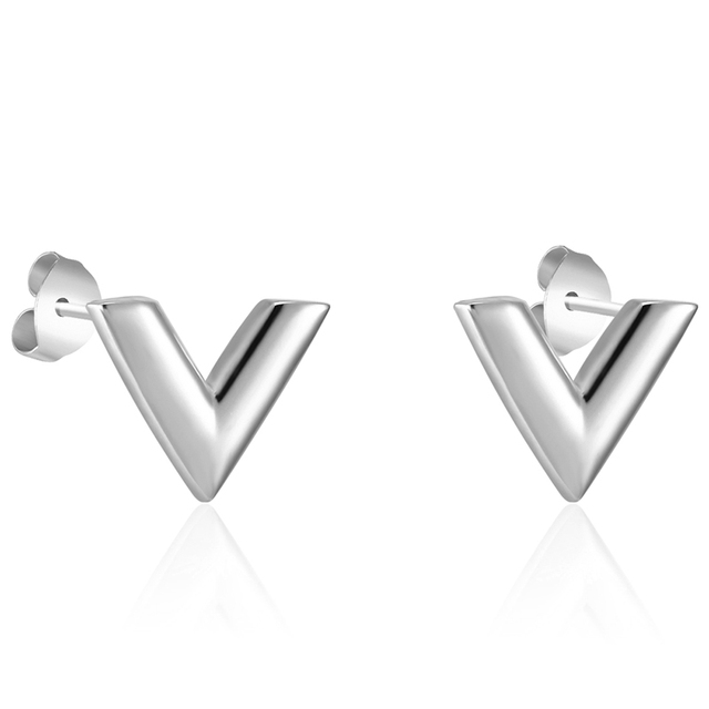 New Arrivals Exquisite Stereoscopic V Pattern Stud Earrings  For Women Man Top Quality Titanium Steel Earrings Piercing Jewelry 2