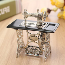 Miniatura Toy Vintage Miniature Sewing Machine Furniture Toys Gifts For 1 12 Doll House Decor Retro