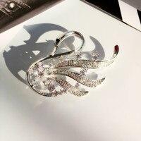 Nuovo Arrivo Bella Sveglia del Cigno Spille Pins per le Donne di Lusso Zircone Cubico Animale Spilla Pins Moda Sciarpa Cappotto del Maglione Dei Monili
