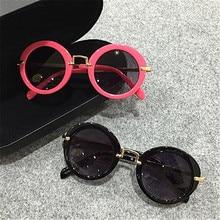 Новые солнцезащитные очки с узором для маленьких девочек, брендовые дизайнерские солнцезащитные очки с защитой UV400 для мальчиков в металлической оправе, крутые очки