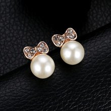 New Luxury Brand Design Trendy Imitated Pearl Earrings for Women Lovely Cute Bow Pearl Stud Earrings Ladies Jewelry Female gift(China)