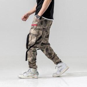 Image 3 - Harem pantolon Kamuflaj Erkekler Kargo Pantolon Taktik Streetwear Pantolon Sarı Rahat Camo Pantolon Çok Cep 2019 Bahar WG219