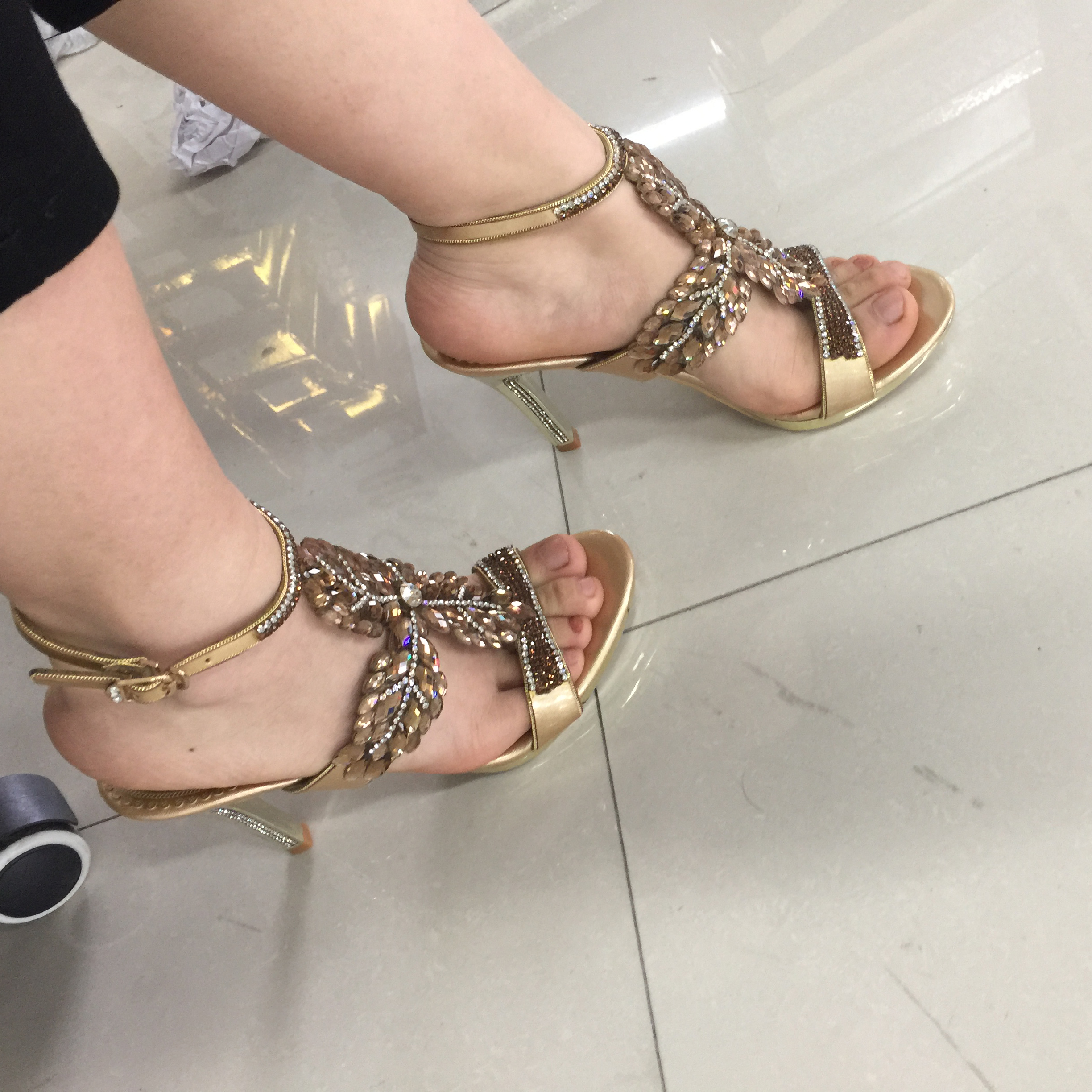 Women's Gold Rhinestone High Heel Sandals Flowers Crystal Sandals Diamond High Heel Shoes Plus Size Women Wedding Shoes