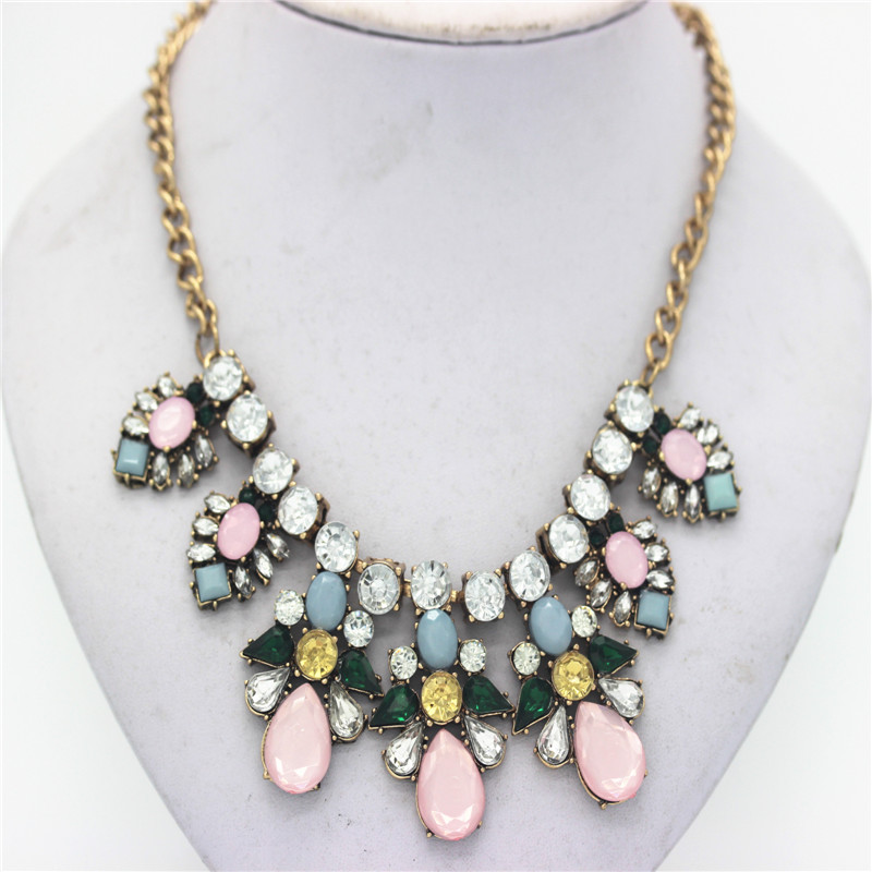 Ahmed font b Jewelry b font Europe Crystal Statement Flower Necklace For Woman 2016 New Vintage