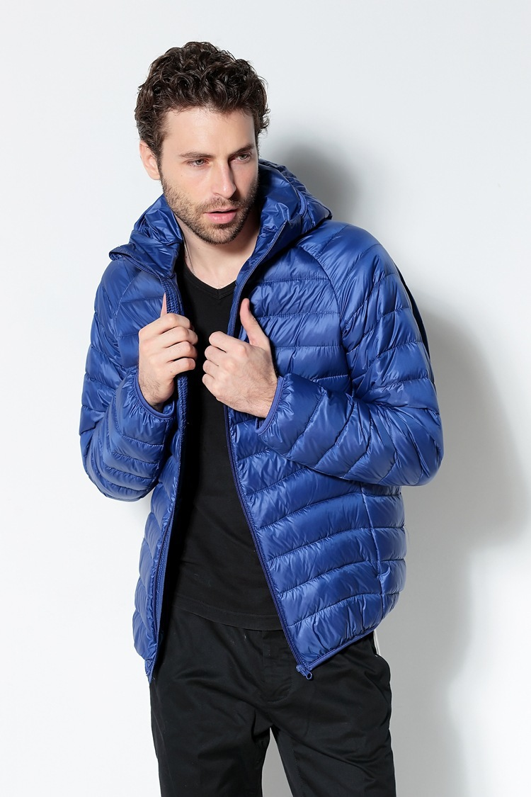 Men White Duck Down Jacket 2020 New Portable Hooded Down Coat Ultralight Men Winter Coat Warm Thermal Down Parkas 8