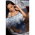 Calças de Brim das senhoras Macacões Elegantes Playsuits Curtos 2017 Crochet Guarnição Do Laço Fora Do Ombro Denim Romper Macacão Calça Jeans
