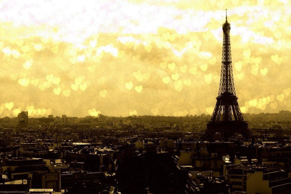 Fantastic Metal Eiffel Tower Wall Decor Vignette - The Wall Art ...