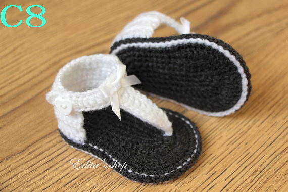 Free shipping rochet Baby Shoes, Baby White bow Flip Flops, Crochet Baby Toddler Shoes, Sizes 0-12 Months