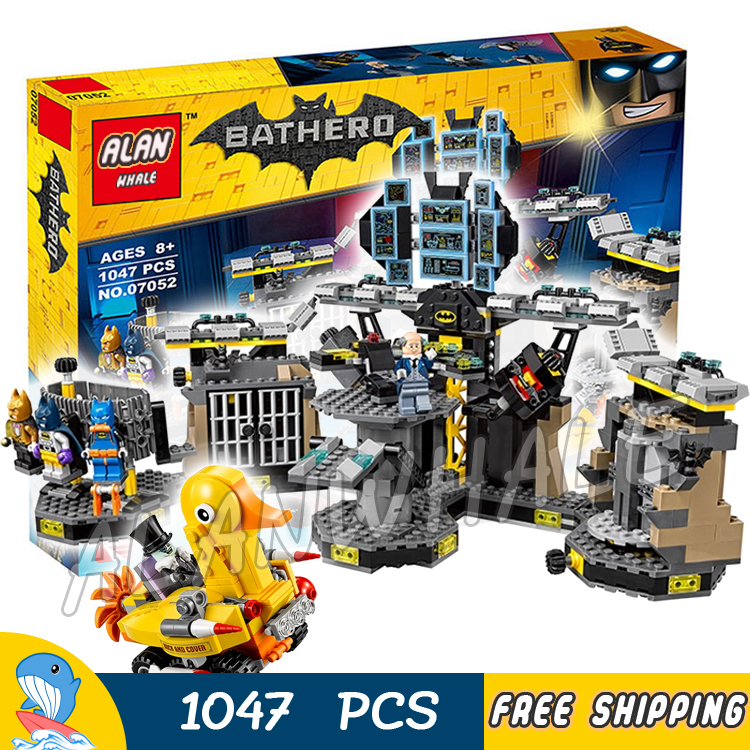 1047pcs Super Heroes Batman 07052 Batcave Break-in DIY Model Building Kit Blocks Gifts Batgirls Movie Toys Compatible With lego
