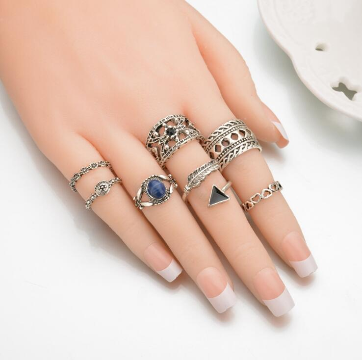 High Quality 7Pcs/Set Vintage Classic Charm Ring Set Antique Silver Finger Wide Ring Set For Women Fashion Party Bijoux Jewelry
