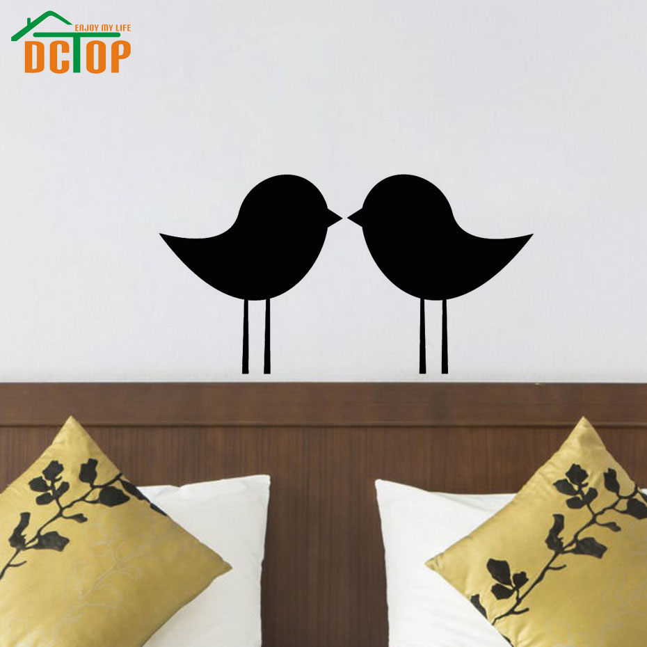 DCTOP Two Birds Kissing Wall