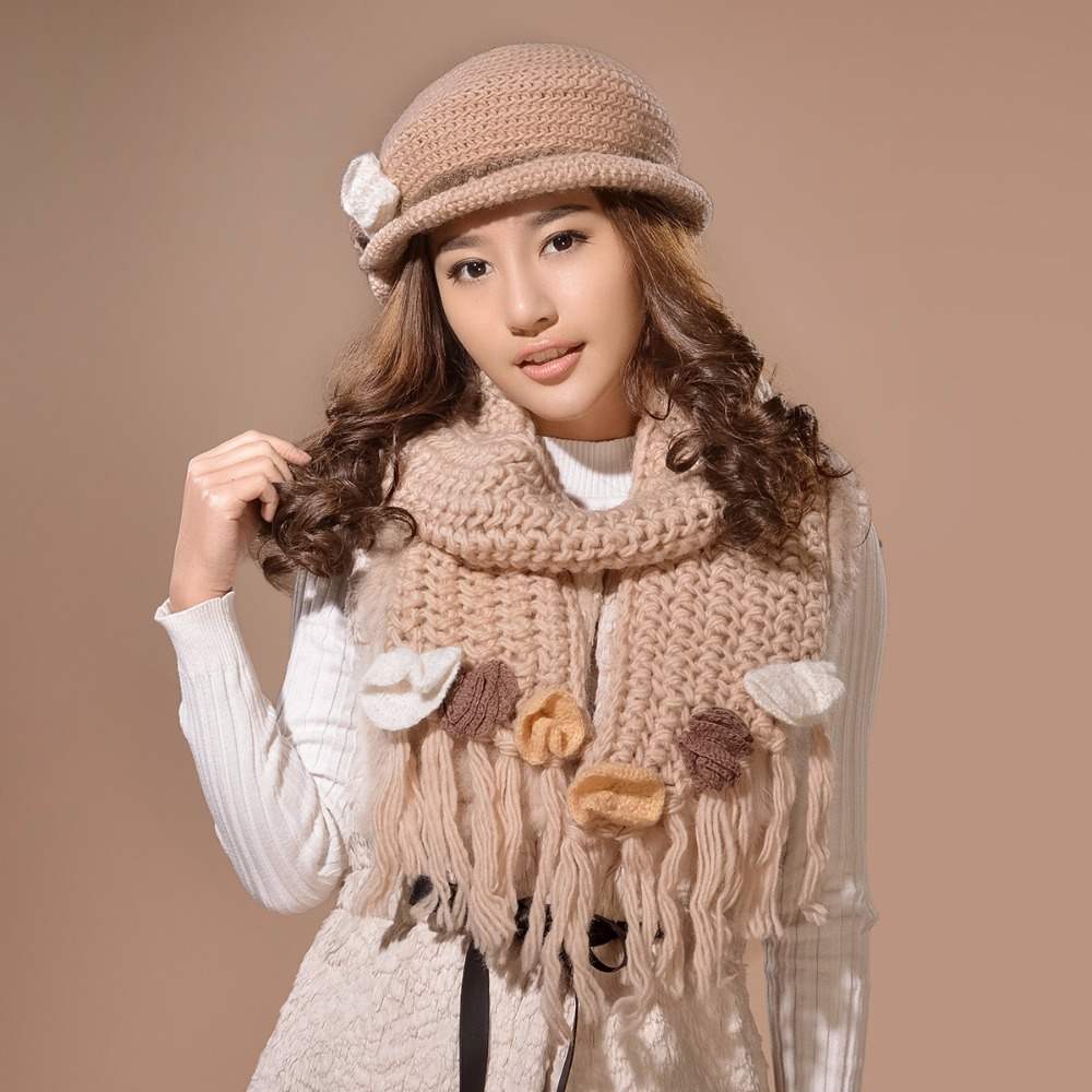 cb72a80f1045d Charles Perra mujeres bufanda sombrero establece invierno espesar lana de  punto sombreros moda Casual Pure tejido a mano gorros gorro de lana 6580 en  ...