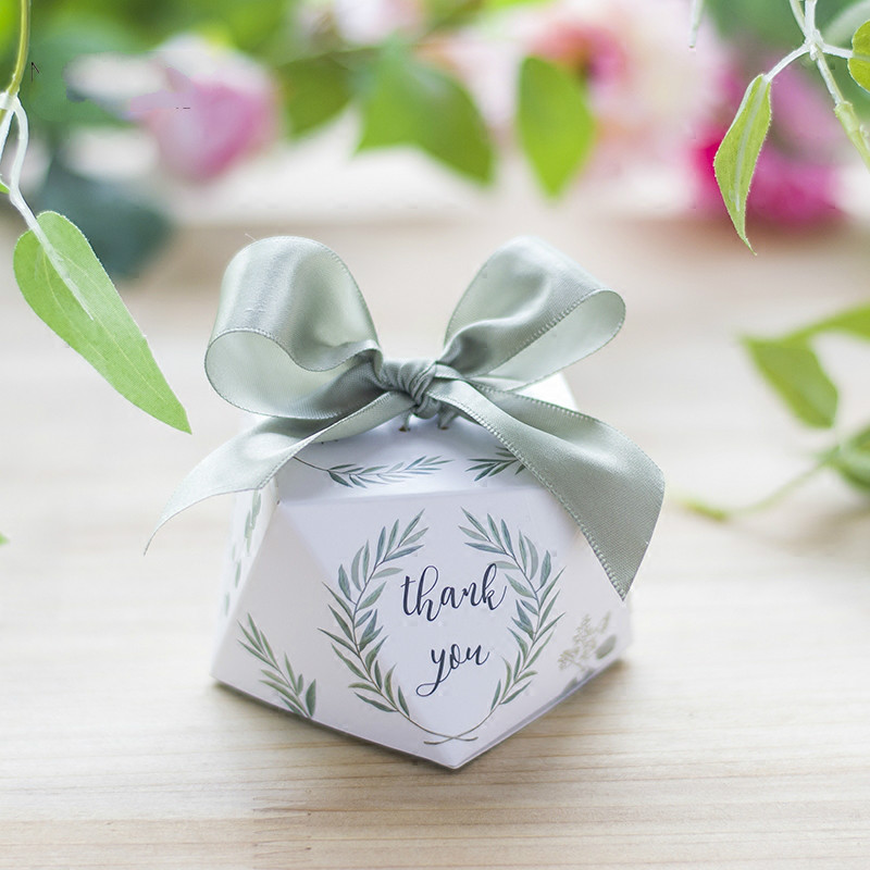 Wedding Gift Boxes: European Diamond Shape Green Leaves Forest Style Candy