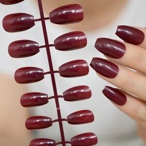 Блестящие винно-красные конфетные поддельные ногти женская одежда Средний дизайн гроба искусственный дизайн ногтей для украшения набор чи...