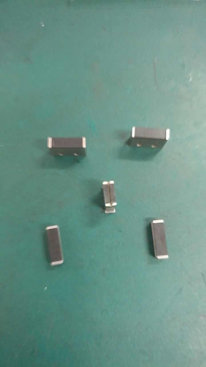 Tampon en caoutchouc original de couperet de fibre de couteau de coupe de Fiber de CETC AV33012 F3/F5Tampon en caoutchouc original de couperet de fibre de couteau de coupe de Fiber de CETC AV33012 F3/F5