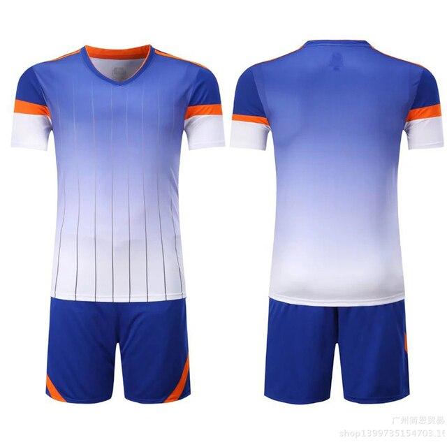 Conjuntos De Futebol para Homens listras Gradiente de Cor de Manga Curta  Terno Treinamento Esportivo Em 537e6e3cee3ab