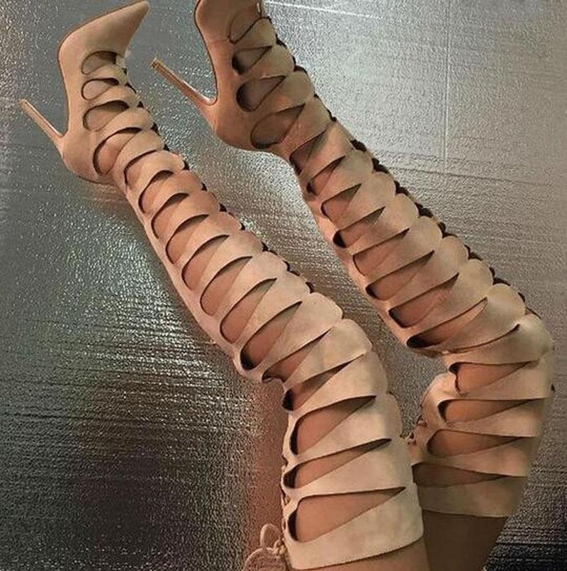Лидер продаж Для женщин модные острый носок вырез выше колена замшевые Гладиатор Сапоги и ботинки для девочек черный бежевый Цвет длинные п