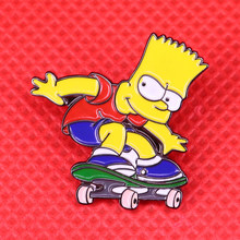 Bart Simpson skateboard dello smalto pin simpatico cartone animato spilla meme distintivo dell'annata divertente regalo creativo giacche zaino accessori(China)