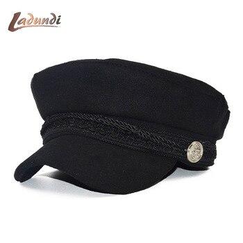 2018 nuevo otoño octogonal sombreros para mujer plana militar gorra de  béisbol señoras sólidos gorras casuales de las mujeres boinas sombrero gorra  militar e8c7254e620