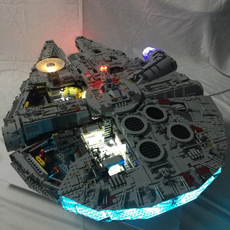 Oyuncaklar ve Hobi Ürünleri'ten Bloklar'de Led ışık Kiti lego 75192 ve 05132 Yıldız Savaşı Falcon Millennium Yapı Taşları Modeli (not blok seti)'da  Grup 1