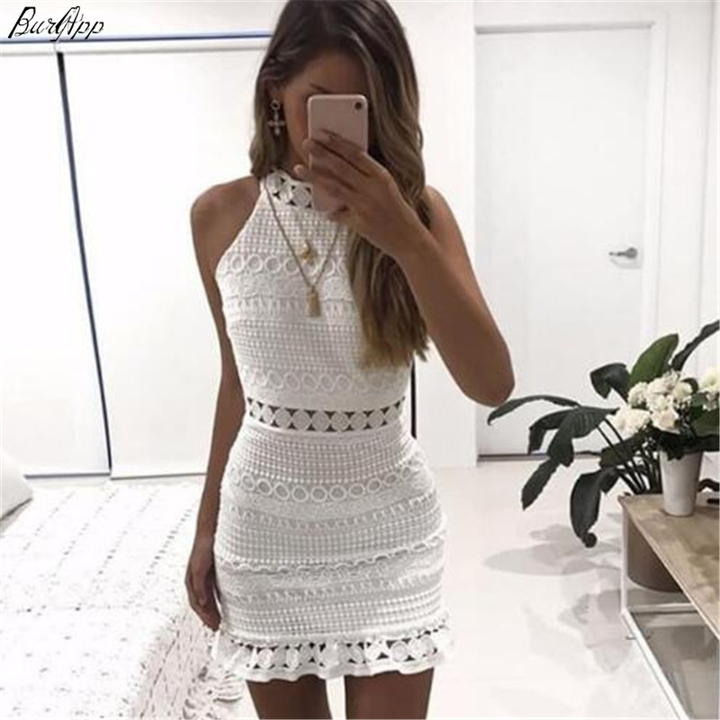 2018 New sexy Vintage hollow out lace dress women Elegant sleeveless white dress summer chic party