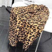 Трендовый зимний модный Леопардовый шарф, мусульманский хиджаб с животным принтом, универсальный Женский мягкий большой шарф для волос, теплые шарфы из пашмины