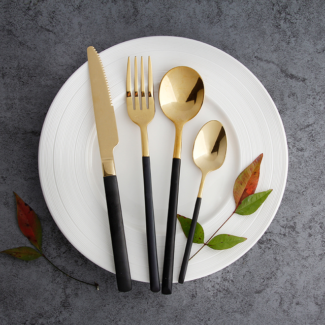 elegant black gold cutlery set 4pcs set stainless steel forks knives spoons party dinner spoon. Black Bedroom Furniture Sets. Home Design Ideas