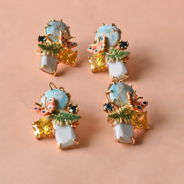 Les Nereides Fasahion Butterfly Leaves Stud Earrings For Women Romantic  Enamel Luxury Party Jewelry Good Quality 8451470ce1f4