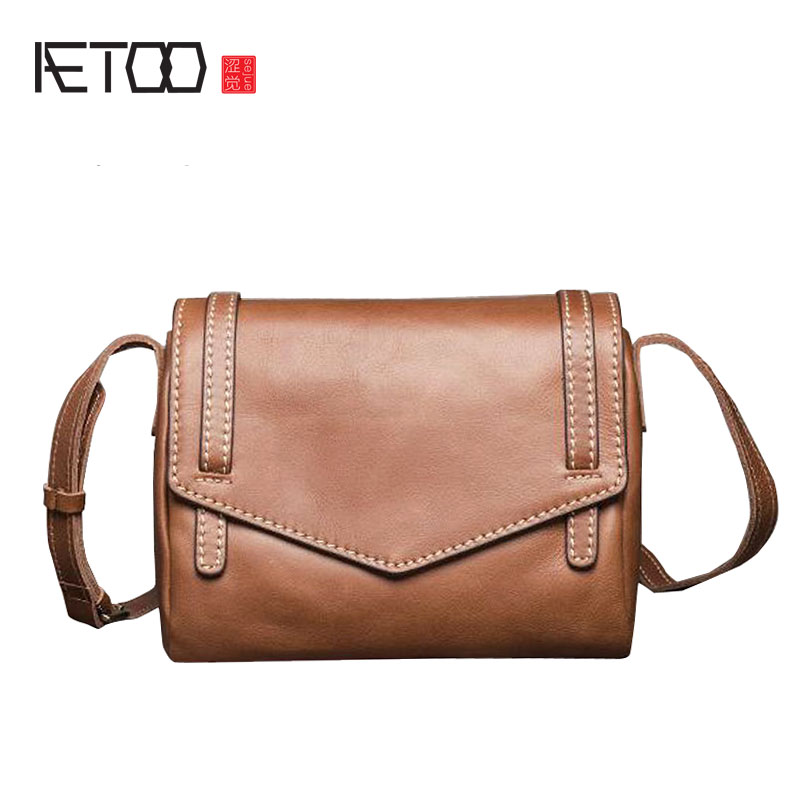 AETOO Women The new simple fashion leather handbags 3 color shoulder Messenger bag college wind leather small bag 2017 valentino rossi vr46 for yamaha racing blue motogp mens felpa zip up sweater