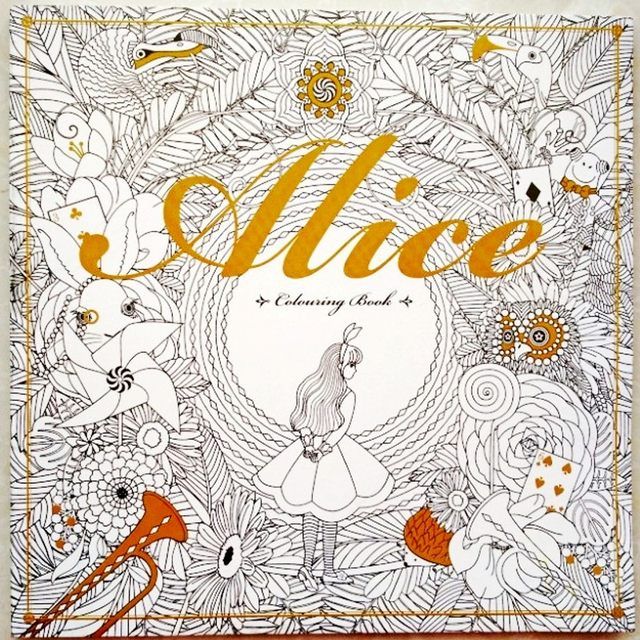 96 Pages Alice In Wonderland Colouring Book For Adult Relieve Stress Secret Garden Style Graffiti Painting Drawing Coloring